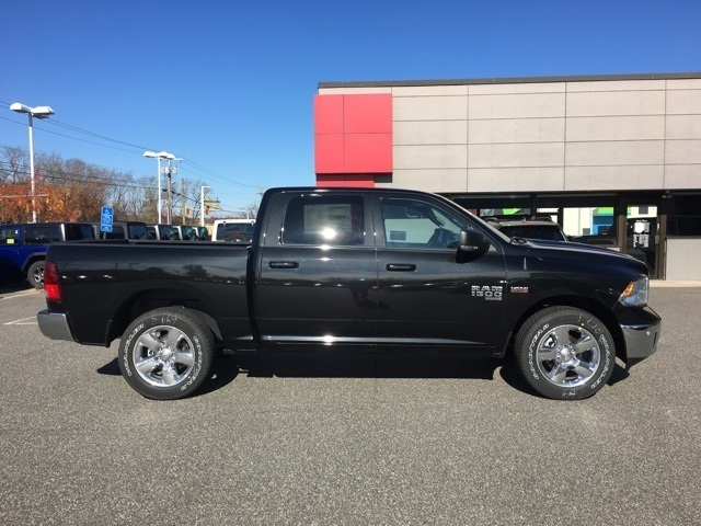 New 2019 Ram 1500 Classic Big Horn Crew Cab In West Springfield