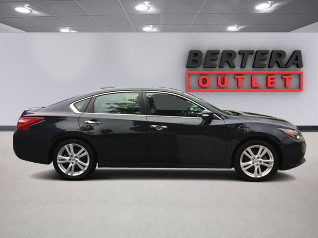 Pre Owned 2017 Nissan Altima 3 5 Sl